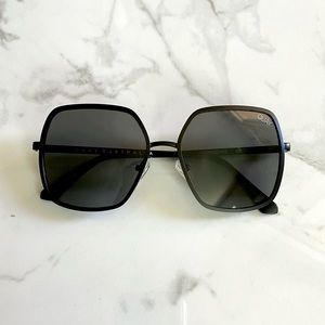 Quay black square sunglasses